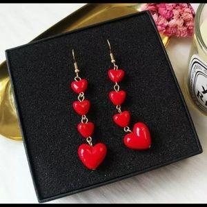 Beautiful Heart Dangle Earrings ❤️